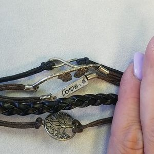Jewelry - Leather and silver bracelet
